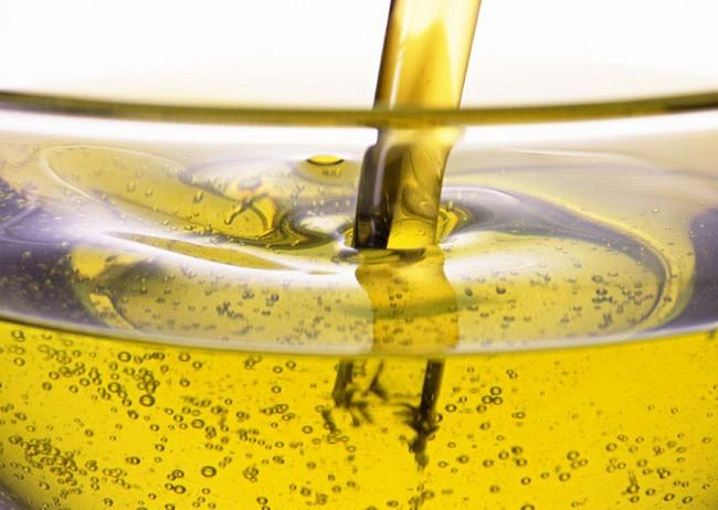 テストステロン 多価不飽和脂肪酸